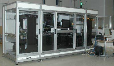 Voor het eerste Lunaris-product van Mutracx ontwikkelde 3T het realtime datapad op basis van één Virtex-6-FPGA, tien Virtex-5-FPGA's en zestig Spartan-6-FPGA's.