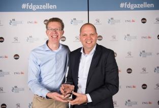 Norbert Beltman en Richard Mijnheer met de FD Gazelle award 2019